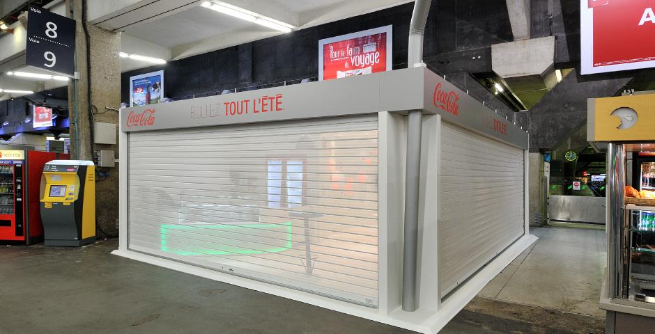 Pop up store coca cola fabulous line at cocacola pop up for Architecture ephemere